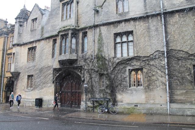 Oxford 010